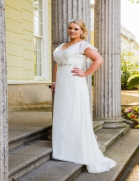 Plus size wedding dresses by Special Day BB16306
