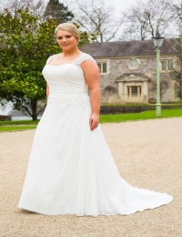 Wedding dress by Special Day BB18713 sample size UK22