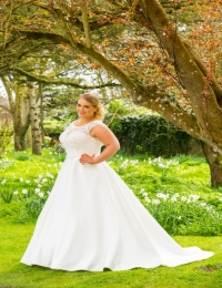 Plus size wedding dresses by Special Day BB17 519
