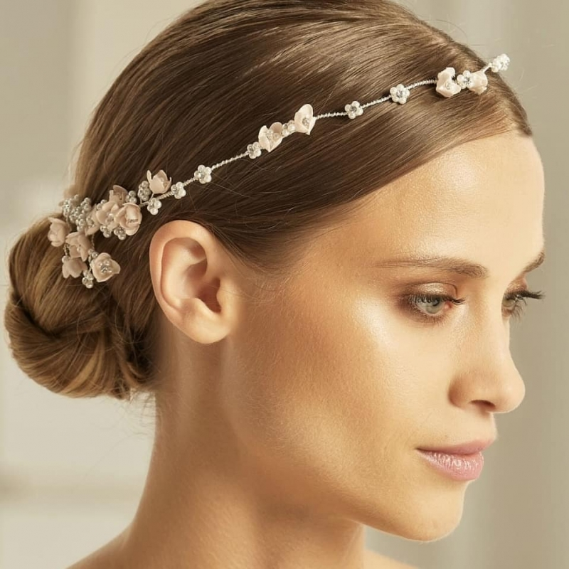 Bianco Evento Headpiece 2608